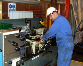 This course describes the safety measures which must be taken when using fixed machines at work.